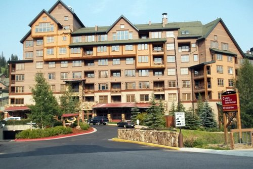 Indoor waterpark, resort hotel discussed for Fairport Harbor
